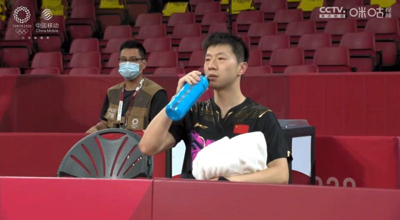 保温杯成奥运冠军的秘密武器中国人为什么爱喝热水?